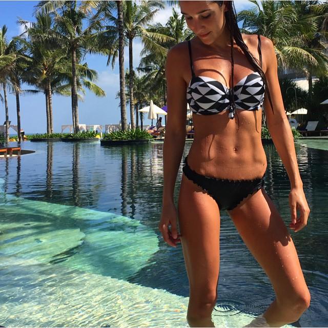 Kayla-itsines-bikini-body